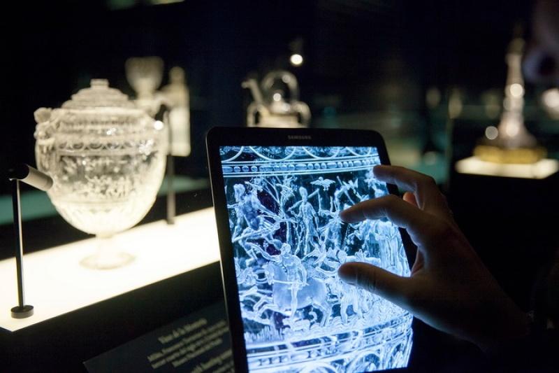 Samsung y el Museo del Prado presentan el Arte Transparente